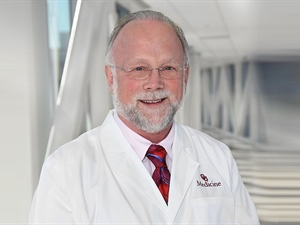 Crawford Named Senior Associate Dean and Director of New College of Medicine Program
