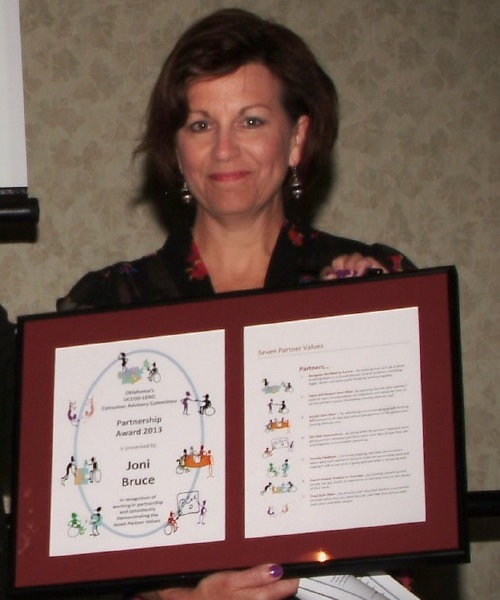 Joni Receiving the 2013 CAC Partnership Award